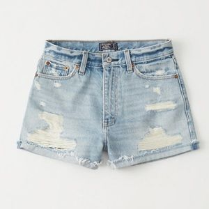 Abercrombie Annie high rise shorts distressed